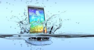 Das Handy ist ins Wasser gefallen – Wieso Reis nicht hilft!